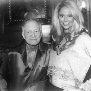 Words cannot describe the gratitude I have for Hugh Hefner. He was a true pioneer and activist.  I'm beyond thankful for all he has done and for the friends I've made because of him. My thoughts are with his wife and children. 💔😢